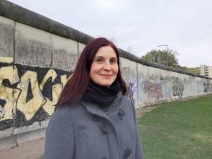 ich an der Berliner Mauer im April 2019