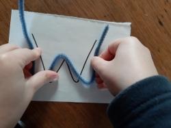 Formen mit Pfeifenputzer nachlegen